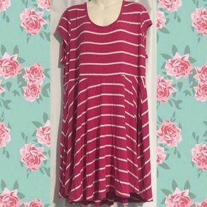 Dresses & Skirts - Pink White Stripe XXL Flowy Dress